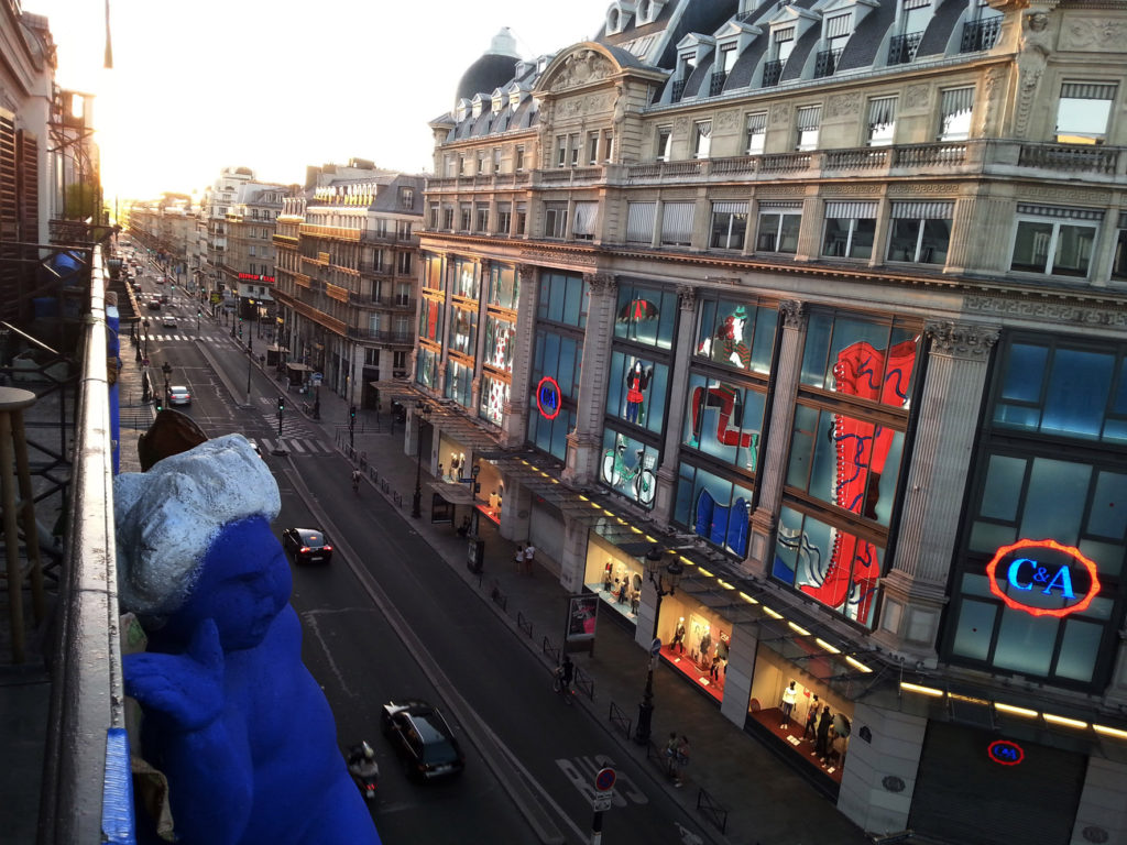 03_Rue de Rivoli_z balkonu